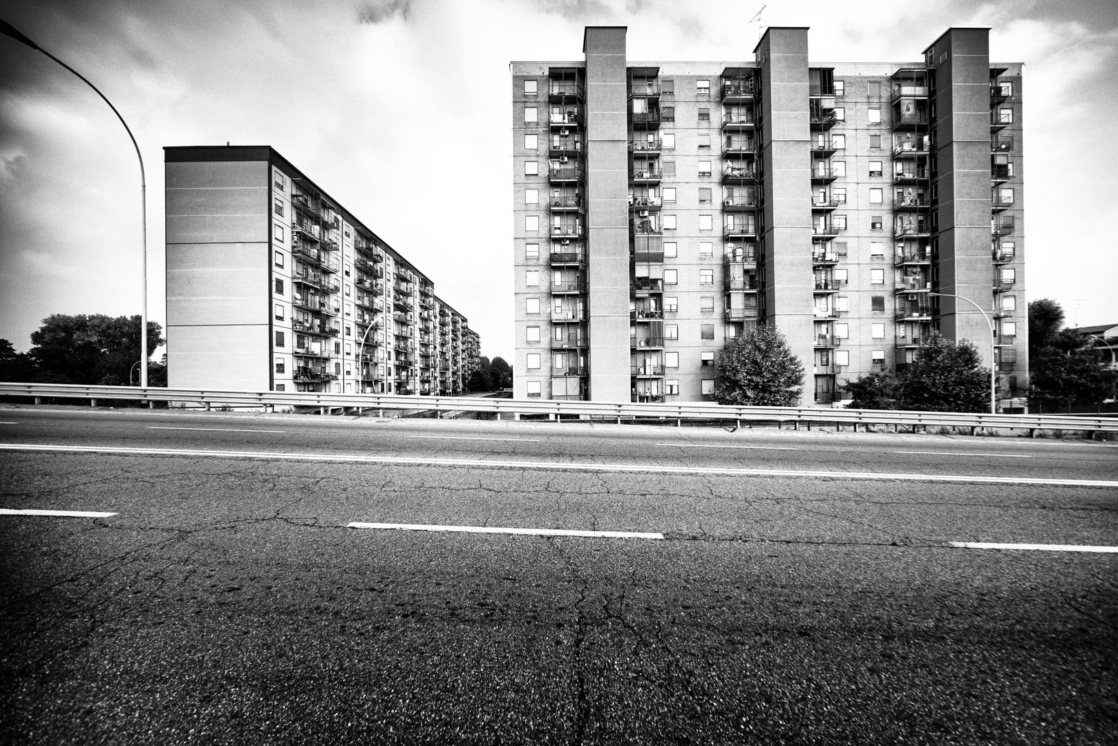 Nella Città - Periferie di Milano - Progetto Fotografico di Architettura